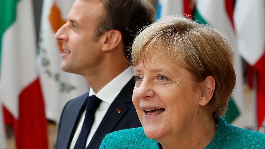 EU leaders begin migration talks at summit