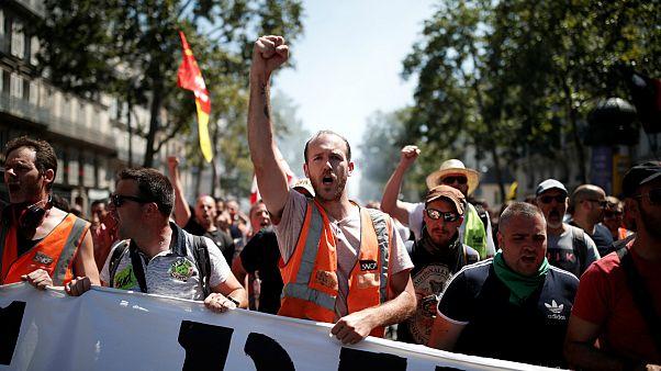 کارکنان راه آهن فرانسه با وجود شکست در تحقق مطالبات، بار دیگر اعتصاب کردند
