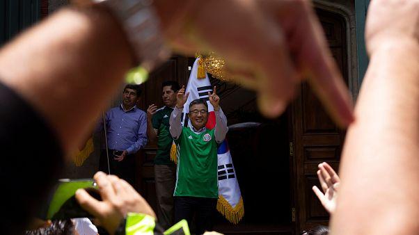 Südkoreas Botschafter in Mexiko wird gefeiert wie ein Star
