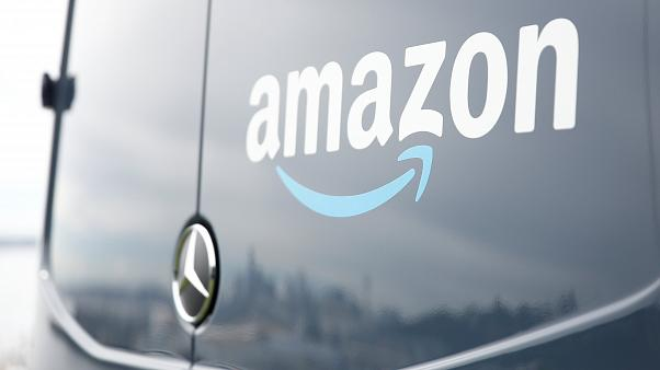 Amazon announces $1b acquisition of online pharamacy PillPack