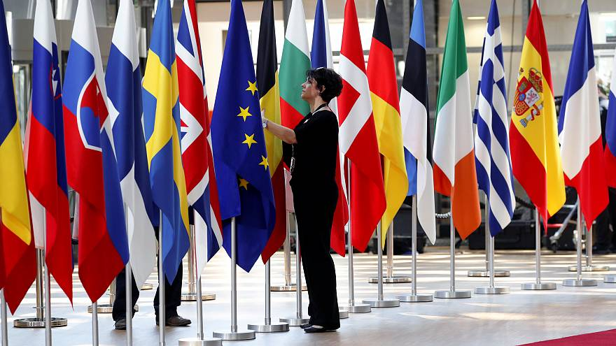 Crise migratória domina início da cimeira da UE