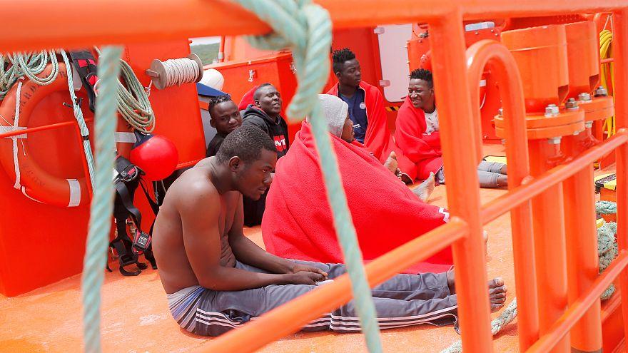 EU migrant processing centres 'will not be Guantanamos'