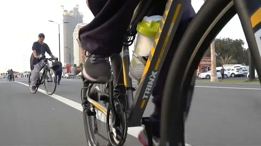 Arabia Saudita: dopo l'auto la bici