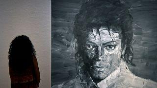 """Der """"King of Pop"""" und die Kunst: Michael-Jackson-Ausstellung eröffnet"""