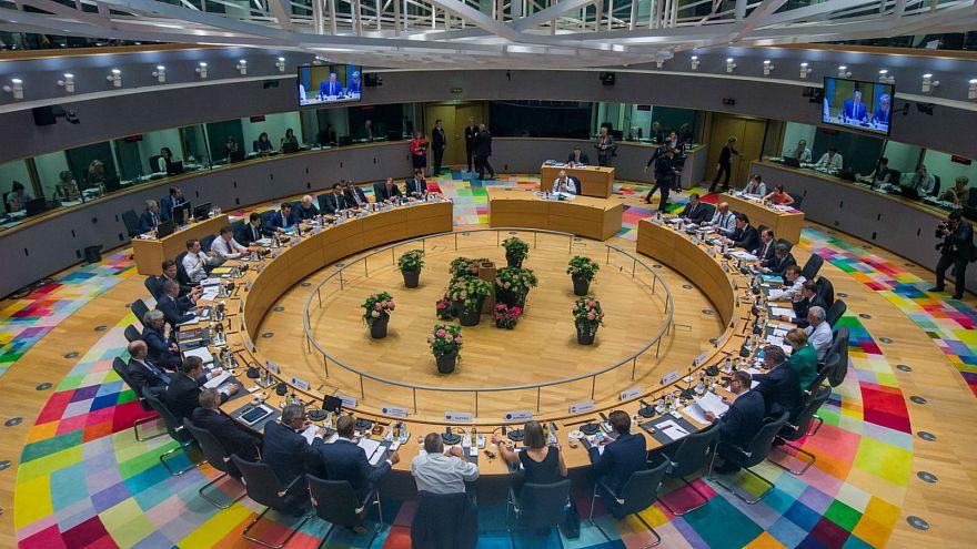 Megállapodtak az uniós vezetők a menekültválságról