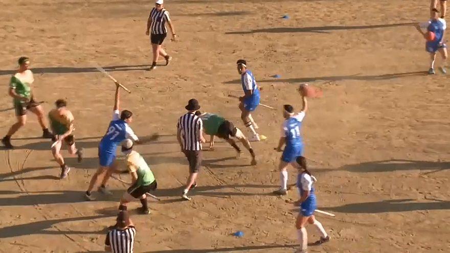 Quidditch-WM: Athleten auf Besen