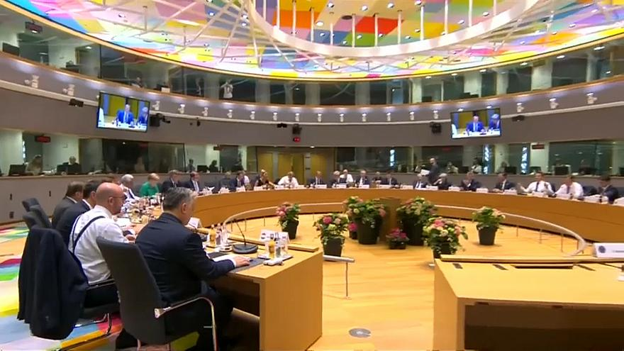 Bloqueio italiano em cimeira europeia de Bruxelas