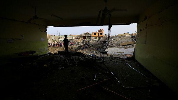 """إعدام اثني عشر """"إرهابيا"""" في العراق بعد دعوة العبادي تسريع التنفيذ"""