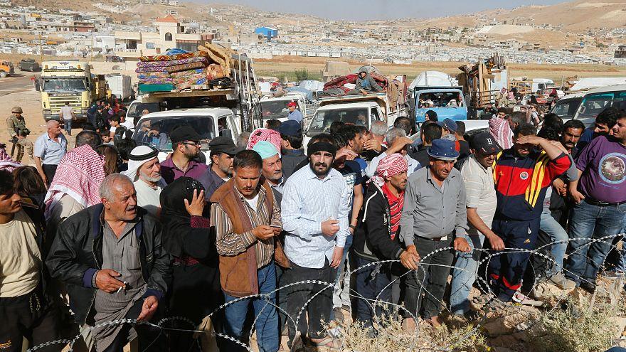 Suriye: Dera'daki çatışmalarda en az 22 kişi ölürken binlerce sivil göç ediyor