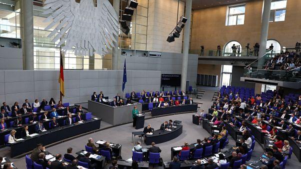 Εγκρίθηκε από τη Bundestag η συμφωνία για το ελληνικό πρόγραμμα