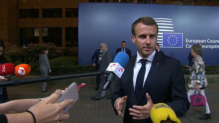 Merkel e Macron sublinham cooperação europeia
