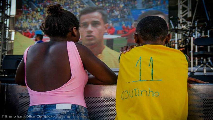 Coutinho, Brezilyalı fakir çocuğun yüzünü güldürdü
