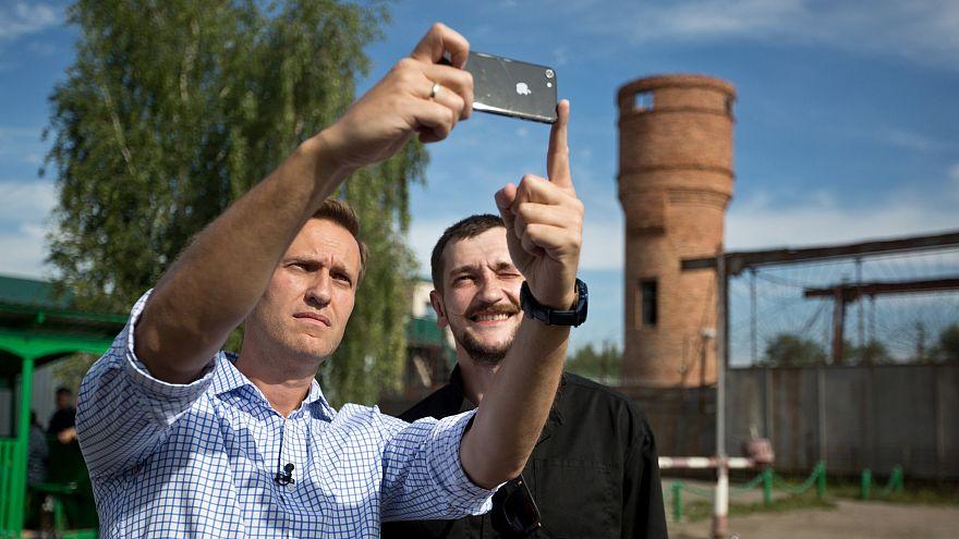 Олег Навальный вышел из колонии
