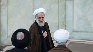 İranlı imamdan cuma hutbesinde halka 'direniş' çağrısı