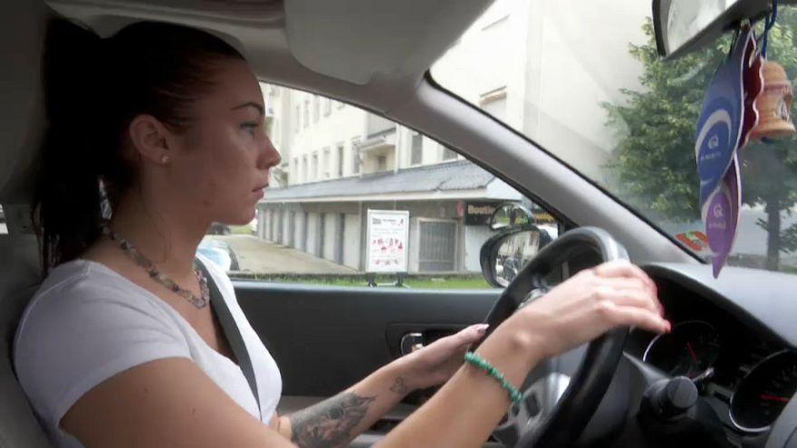 El carnet de conducir, más barato para los jóvenes húngaros