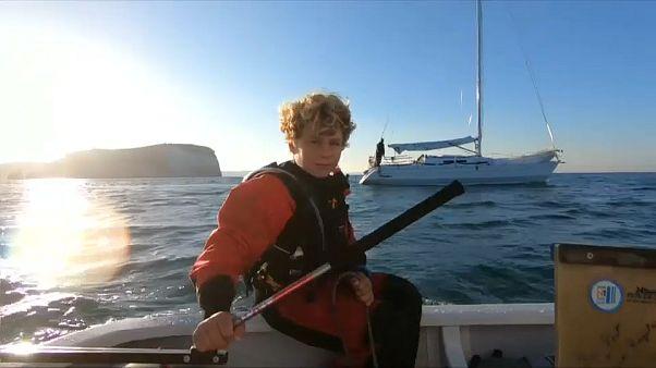 بحار فرنسي عمره 12 عاما يعبر بحر الشمال في وقت قياسي