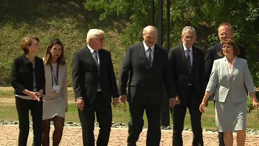 Bundespräsidenten gedenken in Maly Trostenez