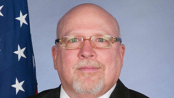 جیمز دی ملویل، سفیر ایالات متحده آمریکا در استونی