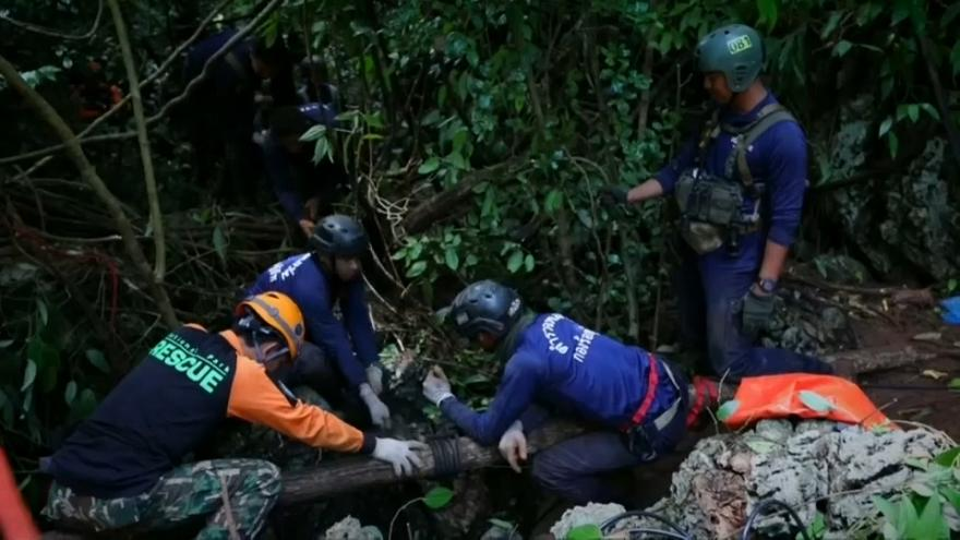 جهود مكثفة للبحث عن صبية مفقودين في كهف بتايلاند