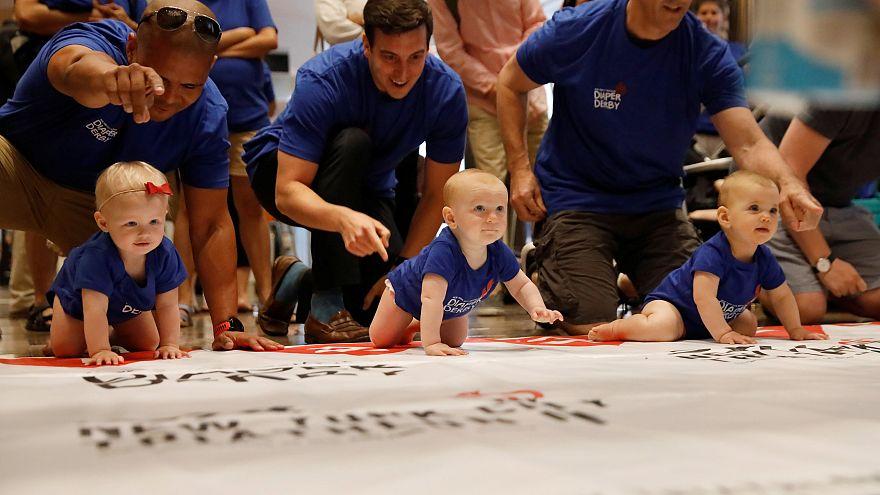 شاهد: الرضيع تد برادلي يكتسح سباق الحفاضات التاسع