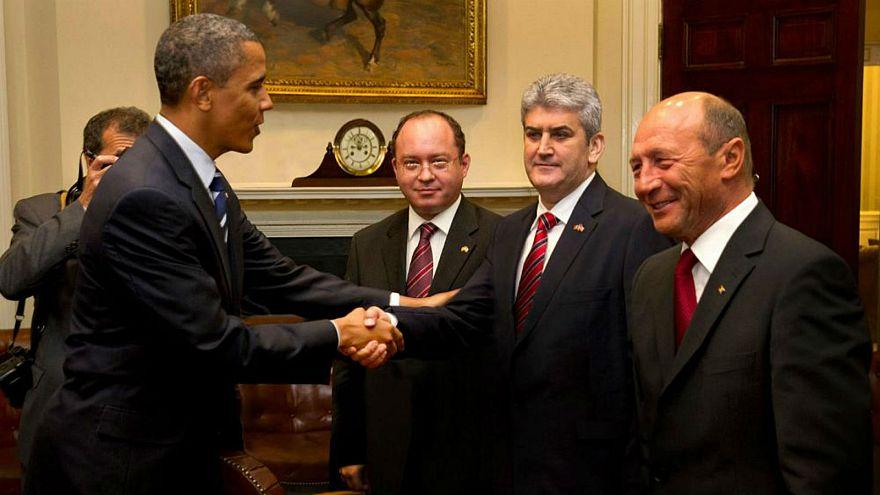 نائب رئيس الوزراء الروماني السابق يفبرك صورته مع أوباما