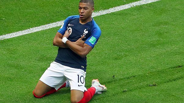 Dünya Kupası'nda ilk çeyrek finalist Fransa oldu