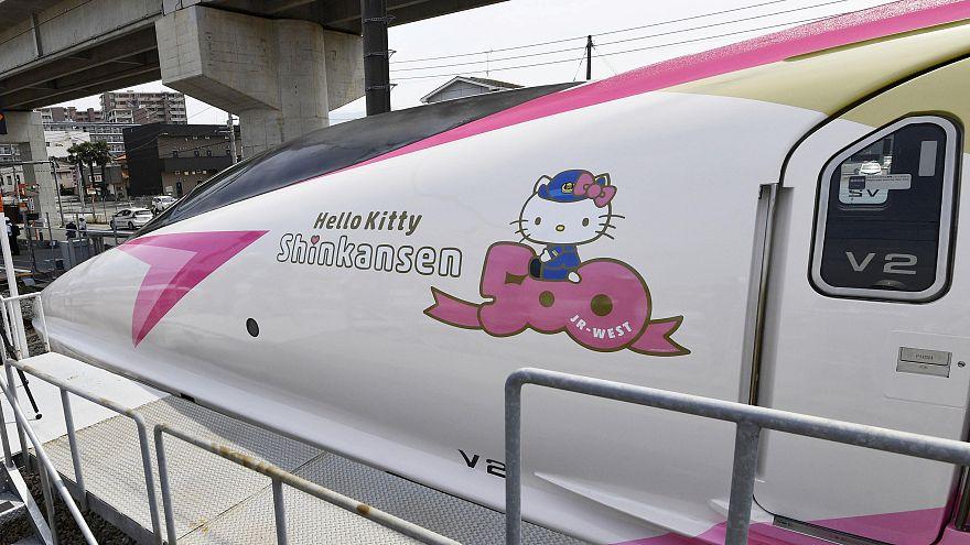 ژاپن؛ قطار سریعالسیر «هلو کیتی» به راه افتاد