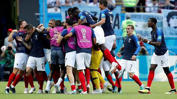 França vence 4-3 a Argentina e passa aos quartos-de-final do Mundial