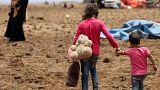 Deraa tartománybeli gyerekek egy Golan-fennsíkhoz közeli menekülttáborban