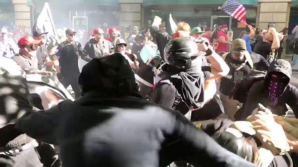 Στους δρόμους κατά της μεταναστευτικής πολιτικής Τραμπ