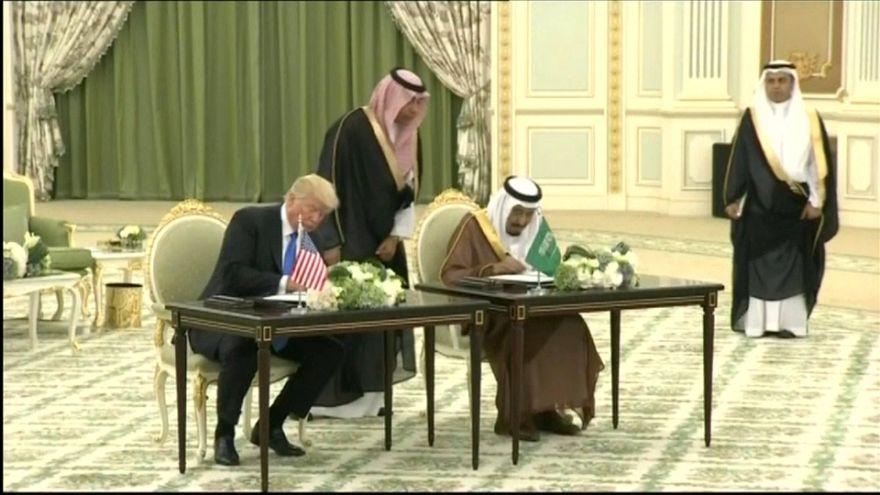 Arabia Saudí producirá más crudo a petición de EEUU
