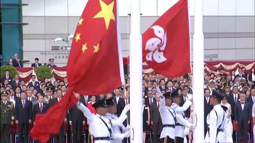 Hong Kong conmemora su vuelta a China entre protestas
