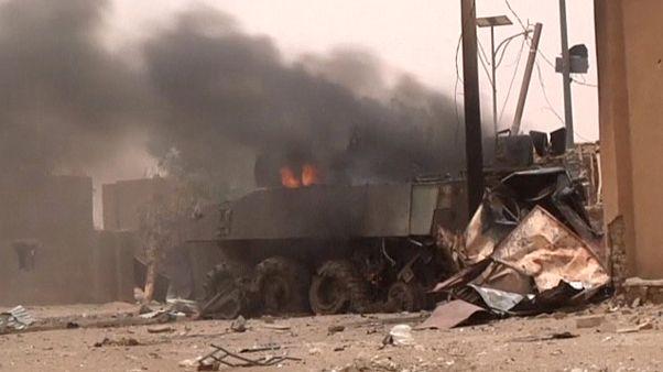 "Mali : attaque ""terroriste"" contre des soldats français"
