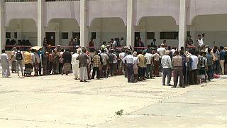 La coalición árabe interrumpe su mayor ofensiva sobre el Yemen