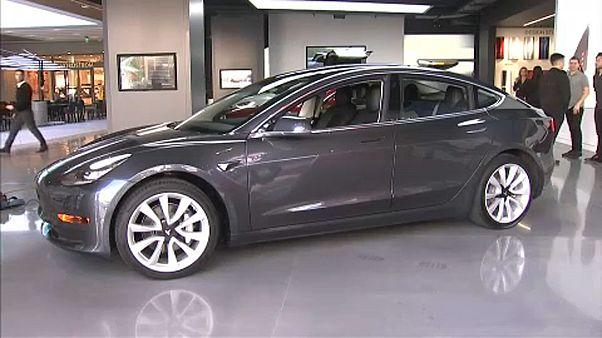 """Elon Musk: """"Igazi autógyár lettünk!"""""""