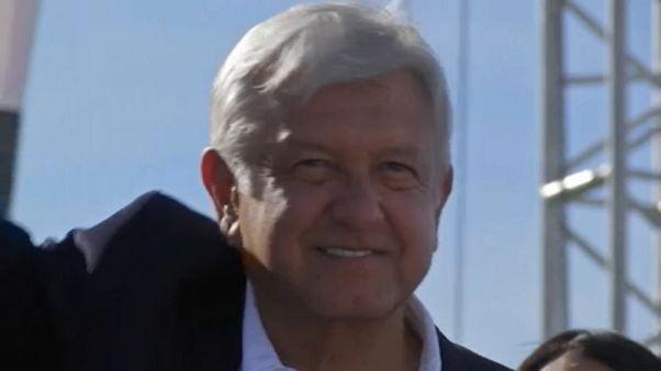 Obrador Mexikó első baloldali elnöke