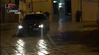 Tratta e traffico d'armi, 17 fermi a Palermo
