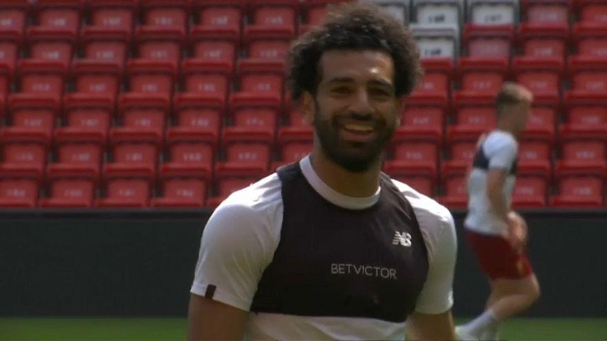 Mohamed Salah assina mais cinco anos no Liverpool