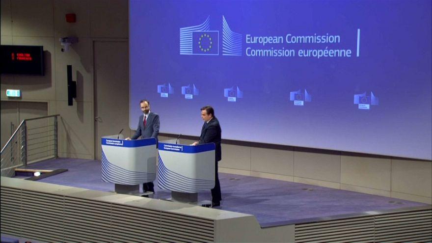AB Komisyonu'ndan yargı bağımsızlığını korumadığı gerekçesiyle Polonya hükümetine dava