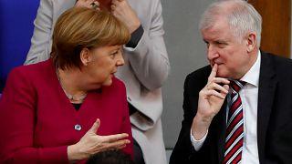 """""""Durchgeknallte Zustände"""": Reaktionen auf den Asylstreit der Union"""