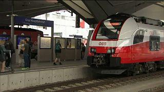Sztrájk helyett egyeztetések miatt álltak az osztrák vonatok