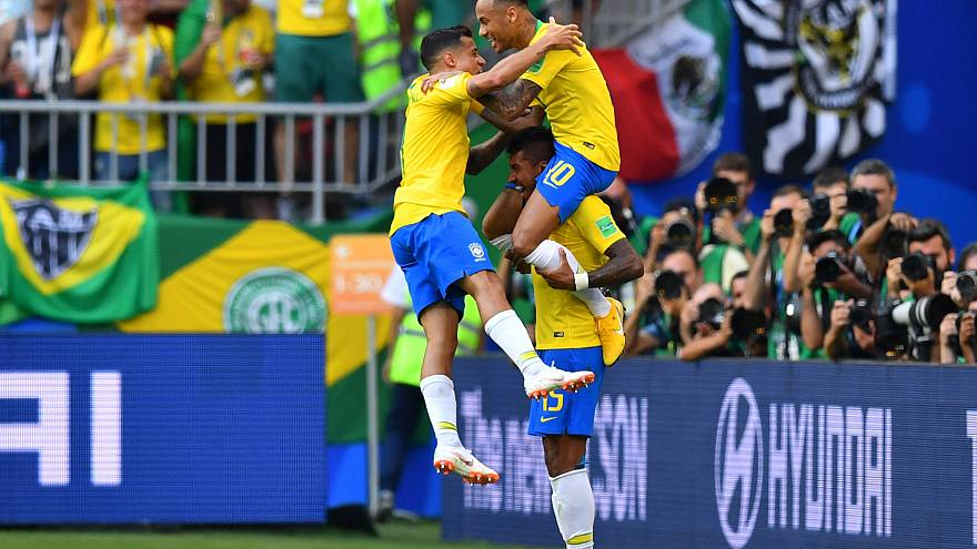 Russia 2018: O Ney porta il Brasile ai quarti