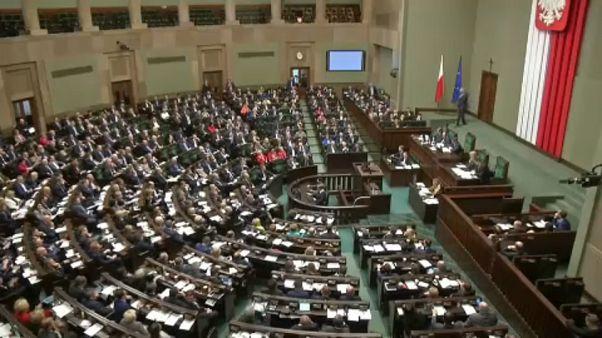 Comissão abre procedimento de infração contra a Polónia