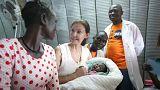 Ashley Judd visita vítimas de abusos sexuais no Sudão do Sul
