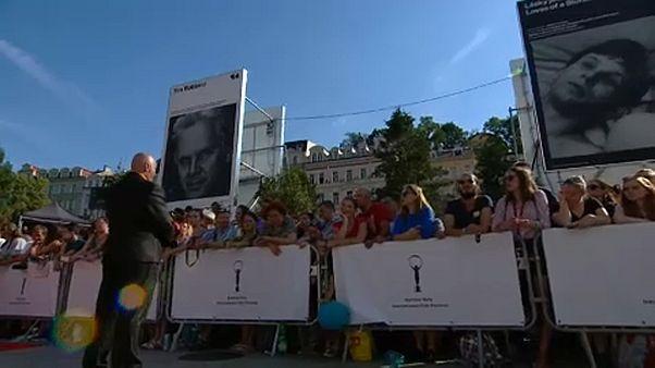 Megnyílt a filmfesztivál Karlovy Vary-ban
