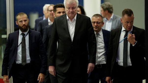 Merkel und Seehofer erreichen Durchbruch im Migrationsstreit