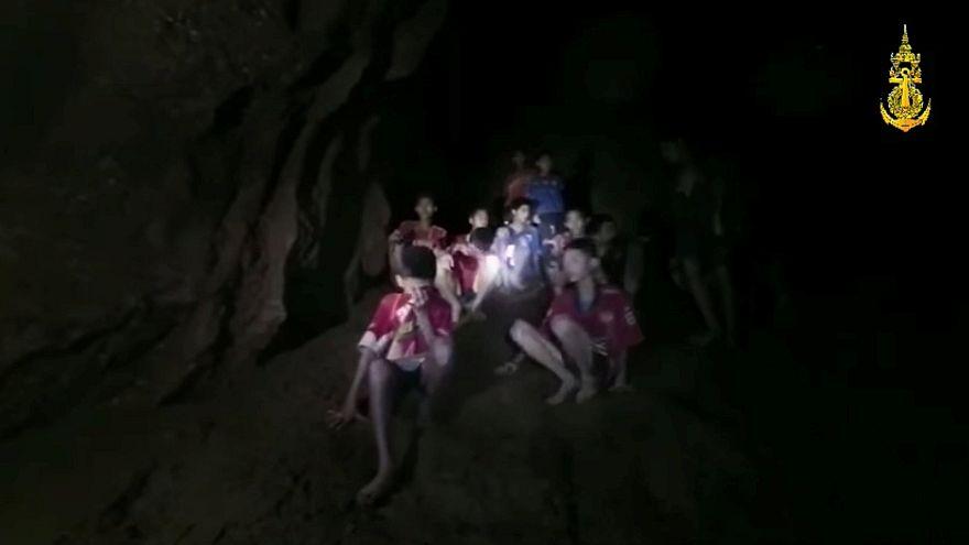 Impresionante vídeo de los niños en la cueva de Tailandia