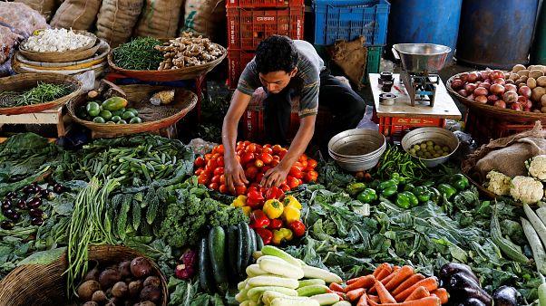Türkiye'de son 14 yılın en yüksek enflasyonu: %15,39