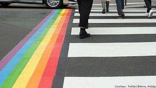 Contra homofobia, pasos peatonales arcoíris en París