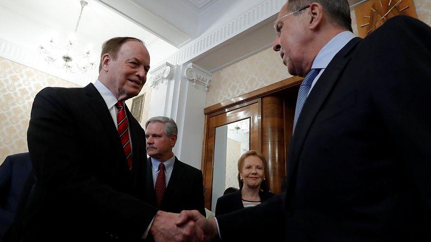 Сенаторы разведывают обстановку